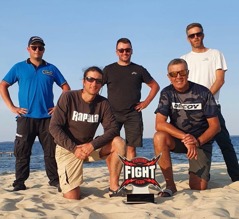 FISHING CLUB FIGHT